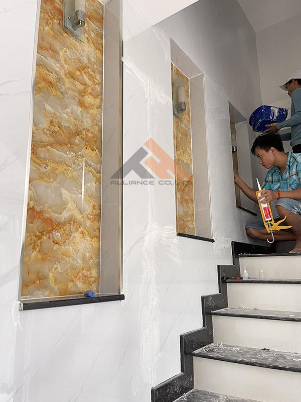 thi công ốp tường nhựa giả đá tphcm